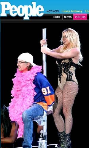 Britney Spears dançou para namorado Jason Trawick em apresentação em Nova York (2/8/2011)