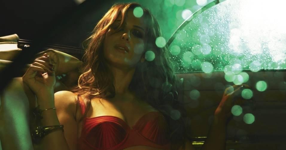 A atriz Guilhermina Guinle posa para ensaio sensual na revista