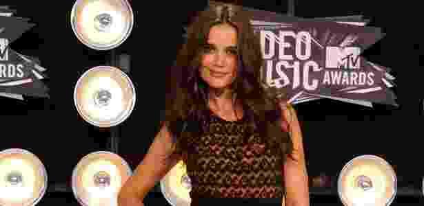 A atriz Katie Holmes posa no tapete vermelho do Video Music Awards 2011, em Los Angeles (28/8/2011) - Getty Images