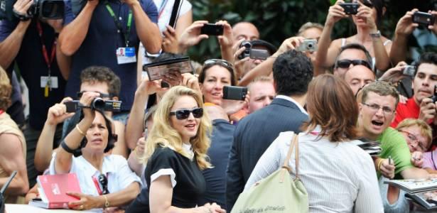 """Madonna chega para entrevista para a imprensa sobre seu filme """"WE""""; este é seu segundo trabalho como diretora de cinema (1/9/11) - Getty Images"""