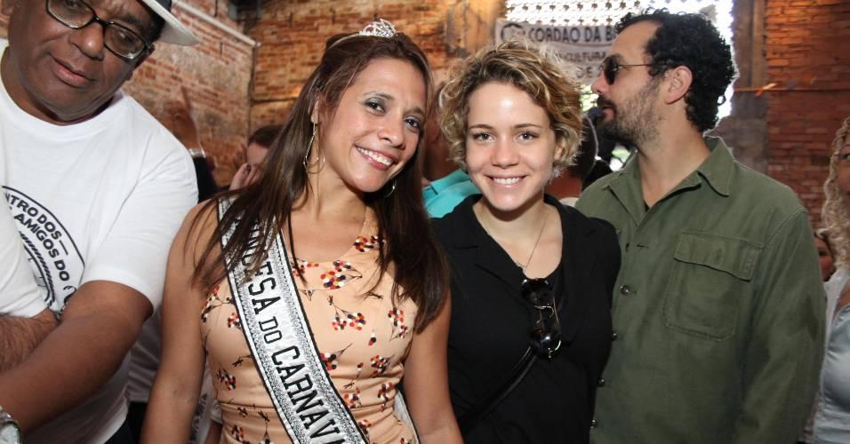 Leandra Leal na feijoada do Cordão da Bola Preta no Rio