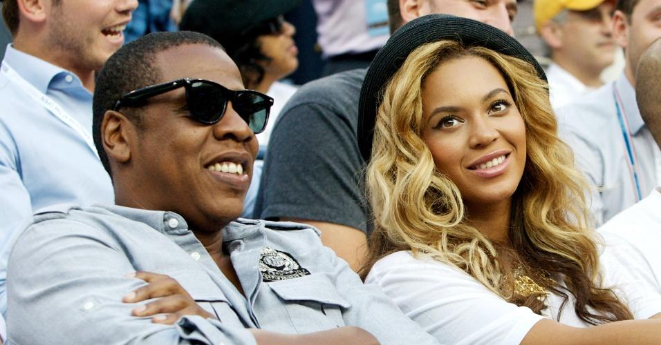 O casal de músicos Jay-Z e Beyoncé assistem a final masculina do Aberto dos EUA de tênis, em Nova York, na segunda-feira (12/9/11)