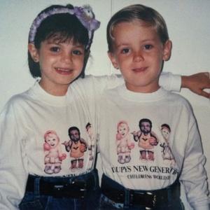 Sthefany Brito e Kayky Brito em foto de infância (outubro/2011)