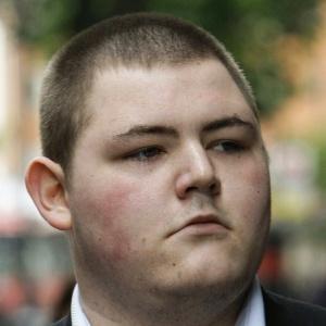 O ator Jamie Waylett ao chegar à corte em Londres, na Inglaterra (21/07/2009)