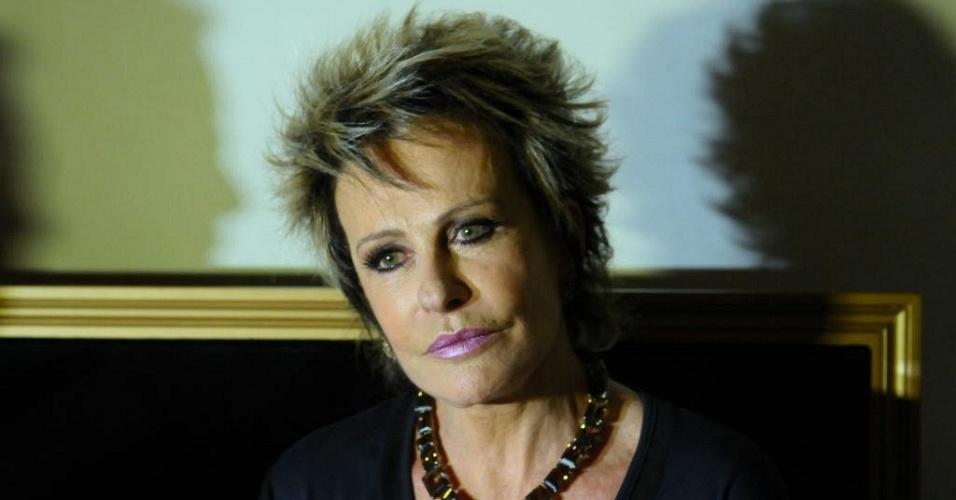 Ana Maria Braga lança revista em São Paulo (23/11/11)
