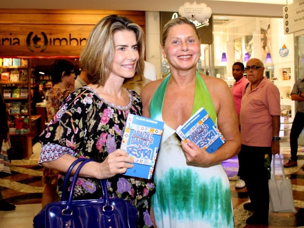 Maitê Proença e Vera Fischer em lançamento de livro no Rio de Janeiro (07/12/2011)
