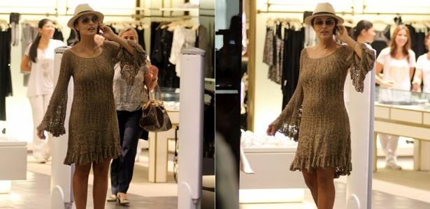 Juliana Paes usa vestido de crochê para fazer compras no Rio de Janeiro (12/12/2011)
