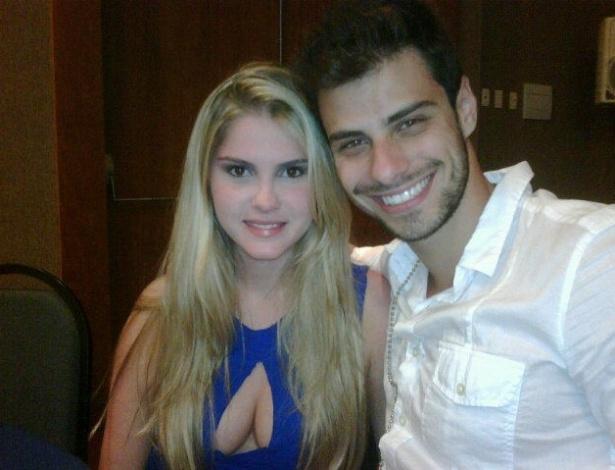 Bárbara Evans e o novo namorado, o Mister Brasil Lucas Malvacini (16/12/11)