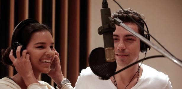"Mariana Rios e Di Ferrero gravam ""Tiro ao Álvaro"""