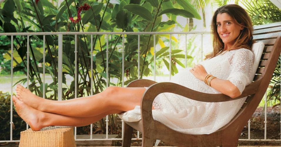 "Cynthia Howlett posa para a revista ""Contigo!"" (29/2/12)"