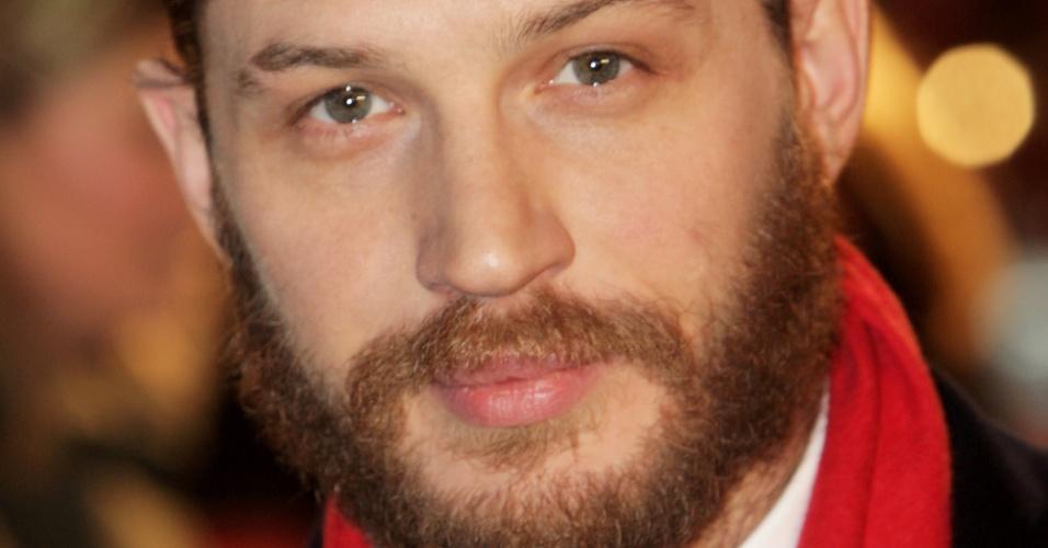 """Tom Hardy, o vilão do filme """"Batman - O Cavaleiro das Trevas Ressurge"""", aparece em 7° lugar na lista dos """"mais sexys"""""""
