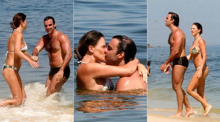 Letícia Birkheuer e o marido, o empresário Alexandre Furmanovich, curtem praia em Ipanema, zona sul do Rio (23/2/2012)