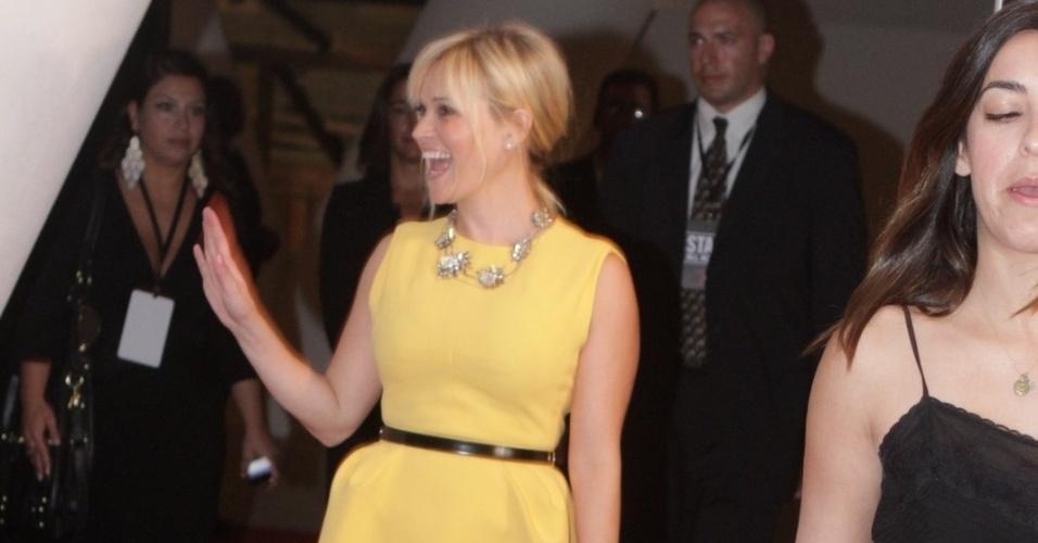 Reese Whitherspoon no tapete vermelho do filme