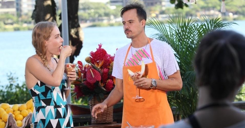 """Angélica grava o programa """"Estrelas"""" com Paulinho Vilhena na Lagoa Rodrigo de Freitas, zona sul do Rio (9/3/2012)"""