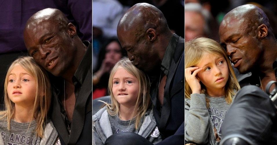 O cantor Seal leva a filha Leni para assistir a uma partida de basquete em Los Angeles (11/3/12)