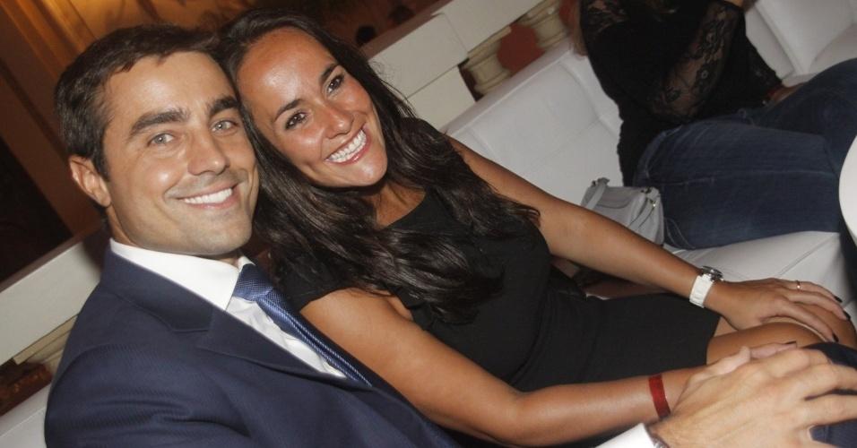 Ricardo Pereira e a mulher Francisca Pinto prestigiam o aniversário de 30 anos da promoter Carol Sampaio no Hotel  Copacabana Palace, no Rio De Janeiro (15/3/12)