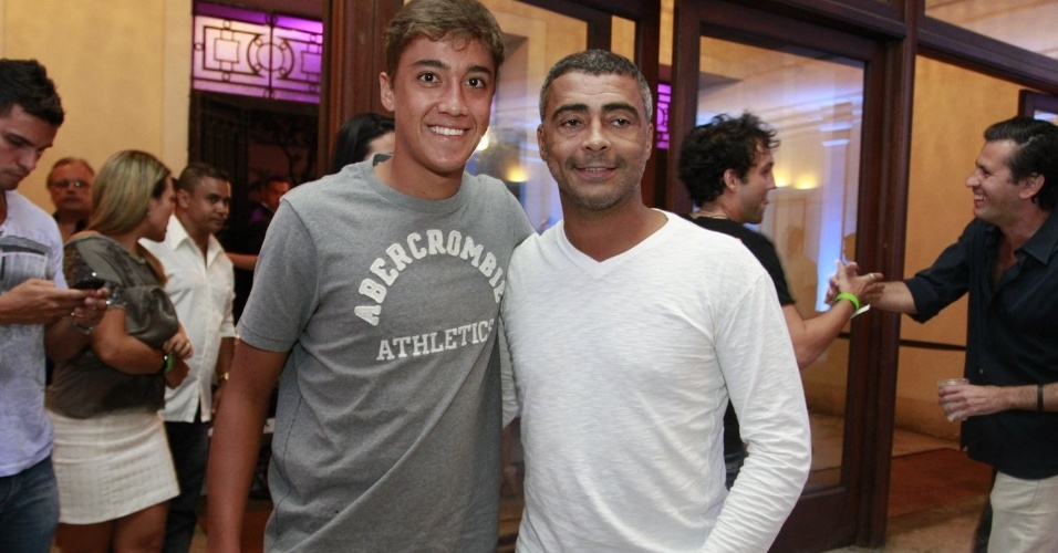 Romário e o filho Romarinho prestigiam a promoter Carol Sampaio em seu aniversário de 30 anos no Hotel  Copacabana Palace, no Rio De Janeiro (15/3/12)