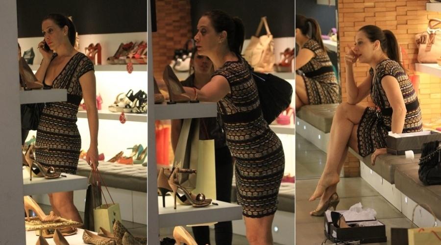 Claudia Raia faz compras em shopping da Barra da Tijuca, zona oeste do Rio (19/3/2012)