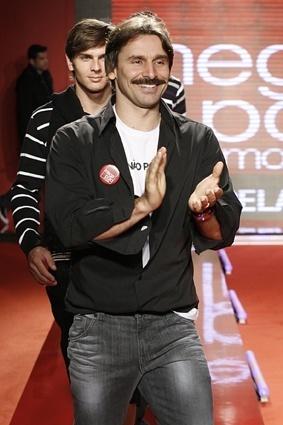 Murilo Rosa desfila no 1º dia de Mega Polo Moda para o Inverno 2010 (1º/03/2010)