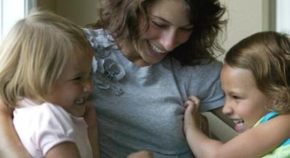 Por que filhos tornam-se dependentes dos pais e vice-versa