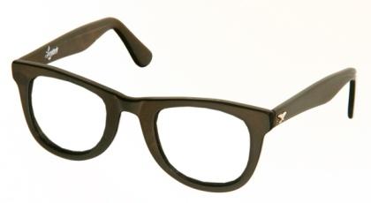 Óculos de grau aderem ao estilo retrô  saiba usar - 26 04 2010 - UOL ... f5d47a4a95