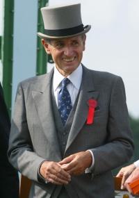 O presidente da Hermès, Jean-Louis Dumas, durante o evento Prix Diane Hermès (08/06/2003)