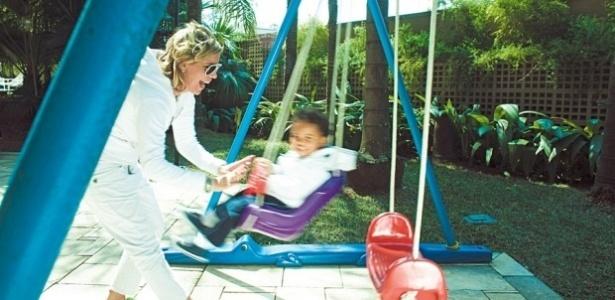 Astrid Fontenelle com o filho Gabriel