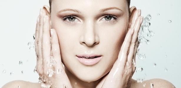 Número de vezes que se deve lavar o rosto depende do tipo de pele - Danilo Borges/Corpo a Corpo