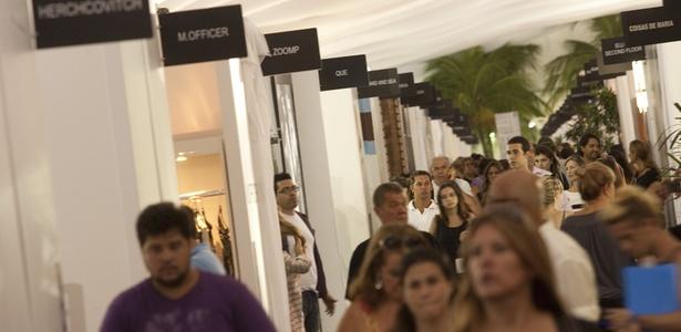 Fashion Business, feira voltada ao mercado, paralela ao Fashion Rio (11/01/2011)