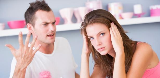 A esmagadora maioria das brigas se origina de motivos banais, como as tarefas domésticas - Getty Images/Thinkstock