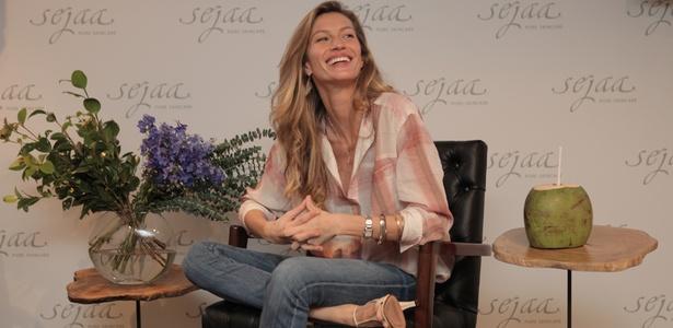 Gisele Bündchen lança, em coletiva em SP, sua marca de cosméticos Sejaa (27/1/2011) - Naretto Junior/Divulgação