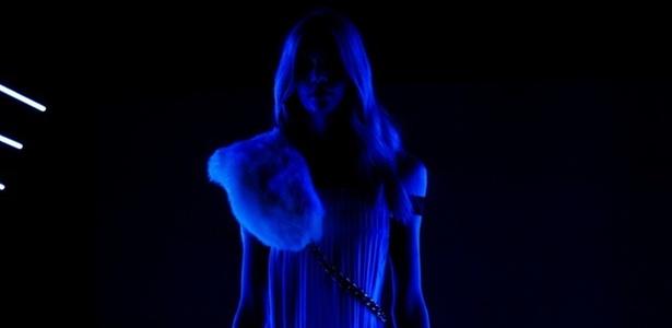 """Ellus apresenta jeans que """"brilha"""" no escuro, no segundo dia do SPFW (29/01/2011) - Julia Guglielmetti/UOL"""