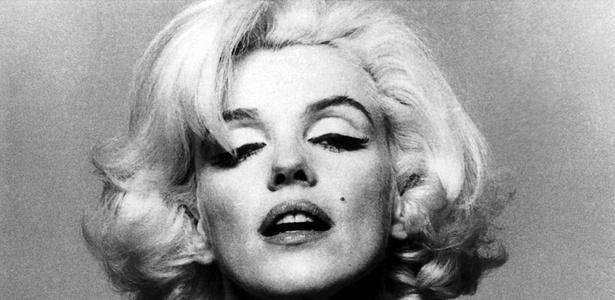 Com seus paletós justos ou seus vestidos apertados na cintura, Marilyn criou em sua época um estilo novo  - EFE