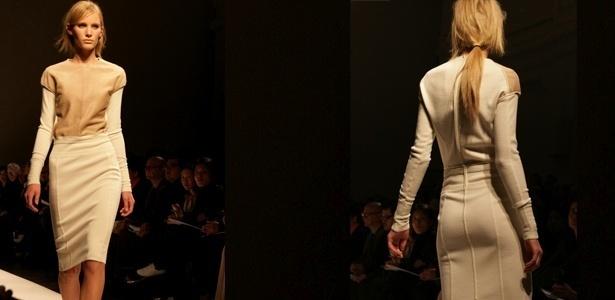 O vestido Ferrè é todo fechado, mas a diferença de tons e tecidos cria uma ilusão de duas peças e sobreposição de blusas - Juliana Lopes/UOL