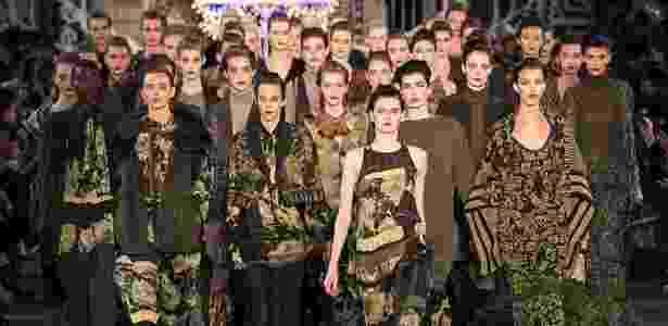 Kenzo desfila coleção Inverno 2011 na semana de moda de Paris (06/03/2011) - AFP