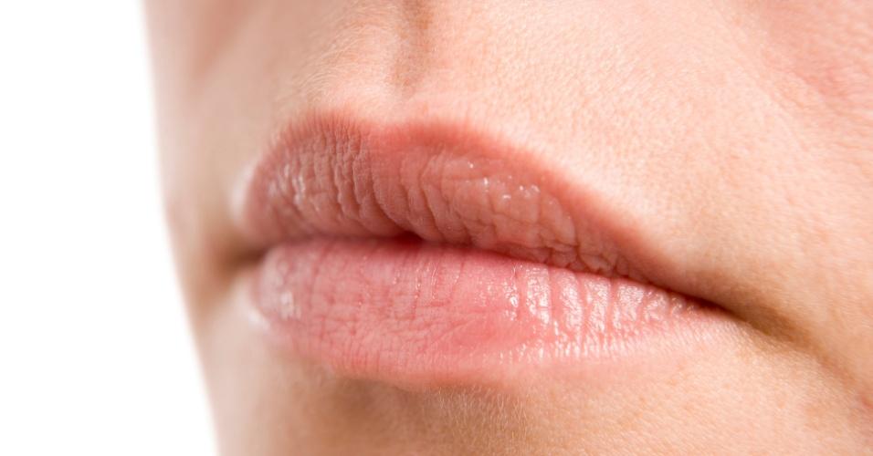 Lábios sem batom
