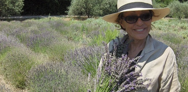 Os óleos essenciais orgânicos da marca levam a assinatura de Nelly Grosjean, doutora em naturopatia e perfumista há mais de 30 anos - Divulgação