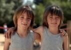 Você faz comparações entre seus filhos? - Thinkstock