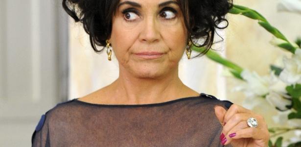 Regina Duarte interpretando Clô Hayalla em O Astro