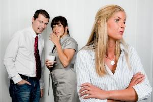 Fofoca na empresa pode mostrar que comunicação interna é falha, dizem especialistas