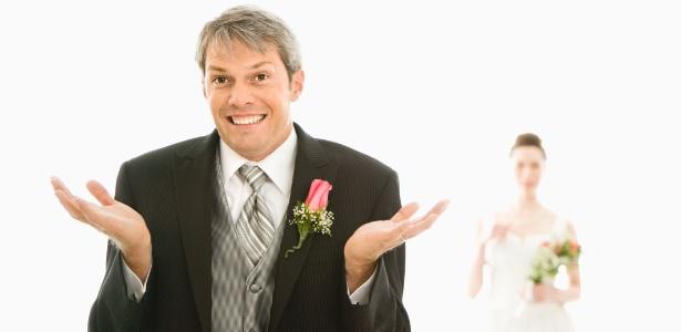 Noivo em dúvida sobre o casamento