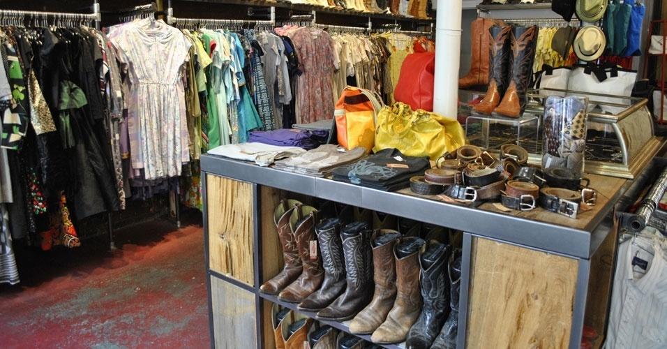 Brechó Clothing Warehouse, em Nova York