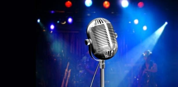 Aposte em um aparelho ou em banda para a base e dê prêmios para incentivar os convidados