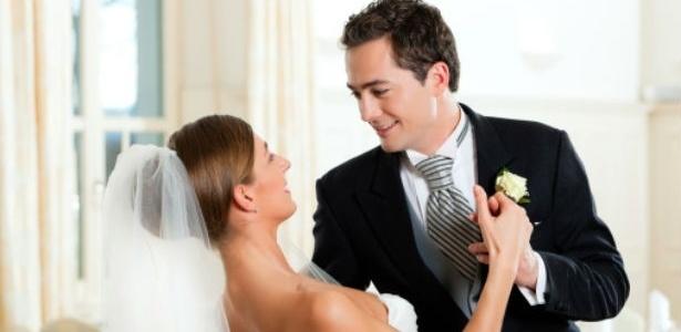 A música escolhida deve combinar com os noivos e não precisa ser valsa nem o último hit da estação