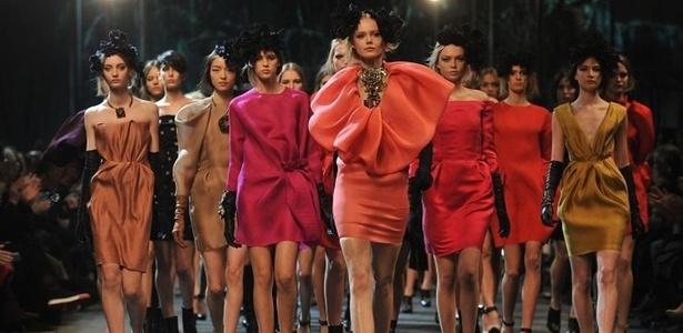 Lanvin apresenta coleção para o Inverno 2011 durante a semana de moda de Paris (04/03/2011)  - Getty Images
