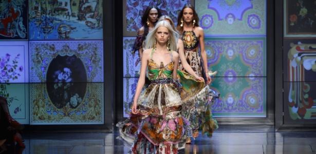 Modelos desfilam looks da última coleção da D&G, na semana de moda de Milão - Getty Images