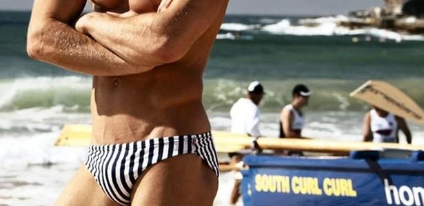 A sunga cavada começou a aparecer em desfiles e marcas internacionais - Divulgação