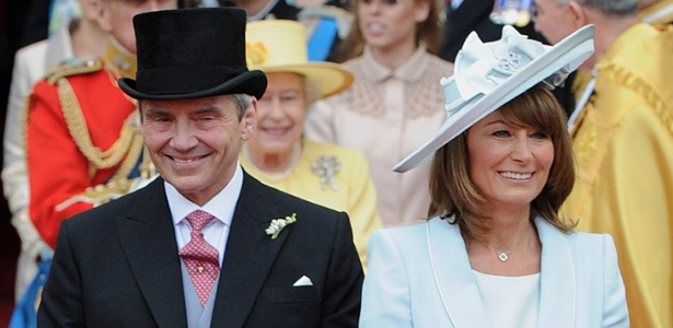 Pais de Kate Middleton no dia do casamento real (29.04.2011) - AFP