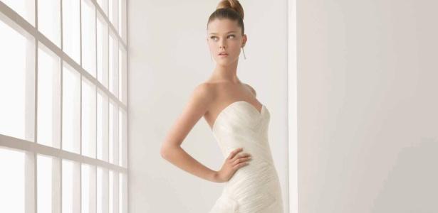 Vestido de noiva da marca espanhola Rosa Clará que será vendido com 50% no Cheers Off - Divulgação