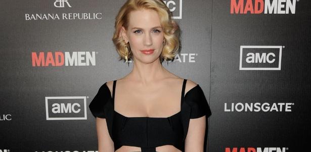 January Jones, a Beth de Mad Men, revelou que tomou pílulas de placenta do primeiro filho - Getty Images